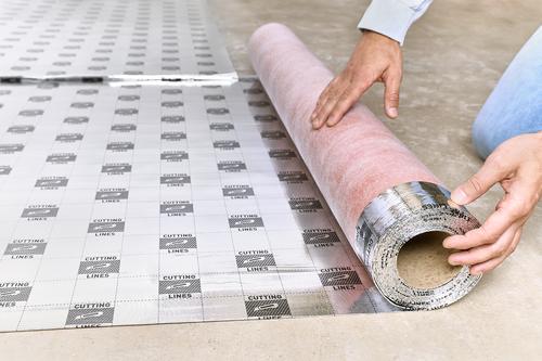 Ogrzewanie podłogowe – top 5 podkładów pod panele na ogrzewanie podłogowe. Do paneli laminowanych i podłóg drewnianych.